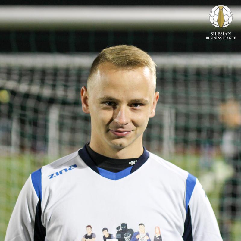 8 Krzysztof Doliński