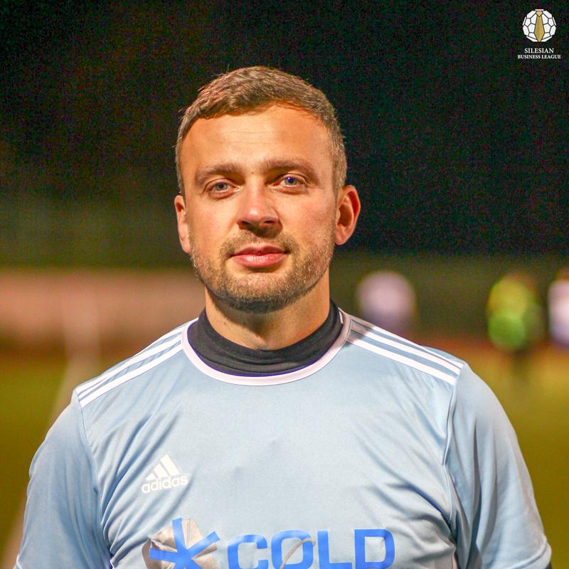 1 Adrian Szczech